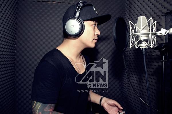 Tuấn Hưng xúc động khi thu âm ca khúc của WanBi Tuấn Anh - Tin sao Viet - Tin tuc sao Viet - Scandal sao Viet - Tin tuc cua Sao - Tin cua Sao