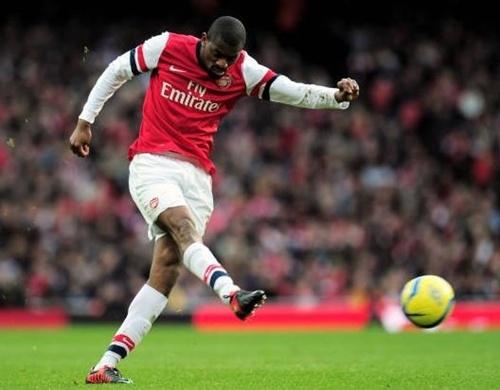 [Bóng Đá] 5 cầu thủ có thể bị Arsenal bán trong mùa hè 2014