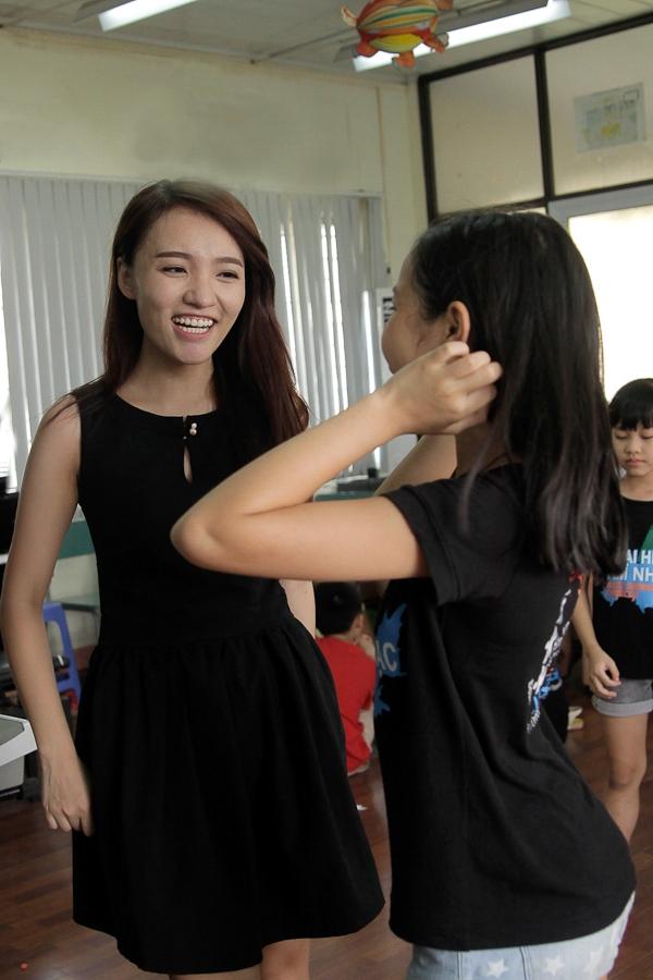 """Nhật Thủy Idol """"đầu quân"""" vào trại hè âm nhạc của Mỹ Linh"""