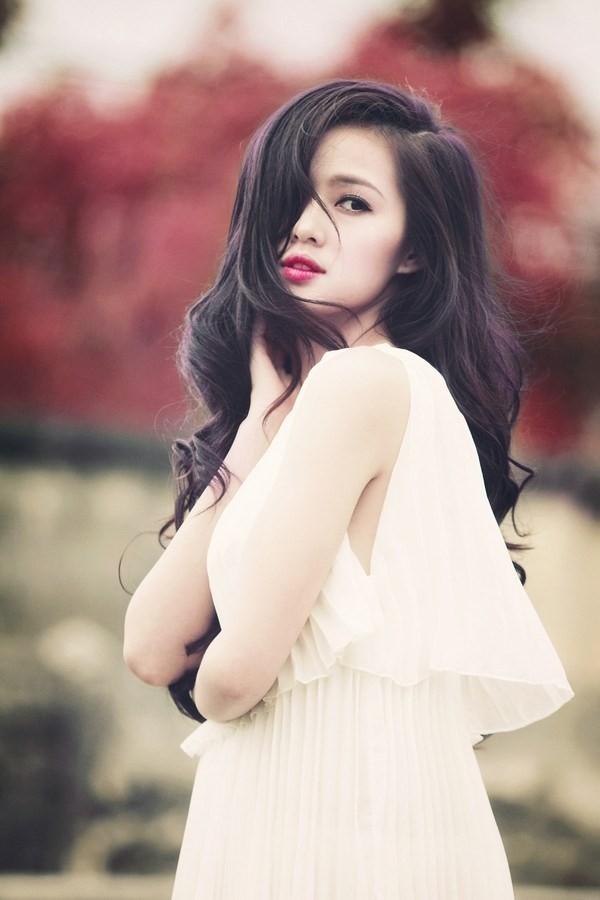 """Tâm Tít nổi lên nhờ vẻ đẹp không tỳ vết và may mắn khi bước chân vào showbiz với một đời tư """"sạch"""". - Tin sao Viet - Tin tuc sao Viet - Scandal sao Viet - Tin tuc cua Sao - Tin cua Sao"""