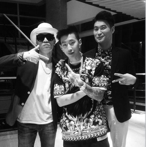 Jay Park khoe hình hội ngộ cùng Dynamic Duo