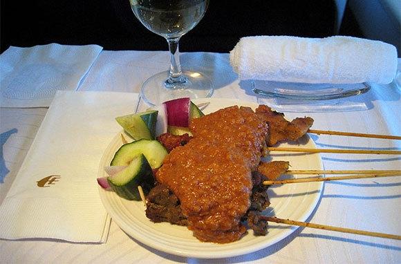 Những hãng máy bay phục vụ thức ăn ngon nhất