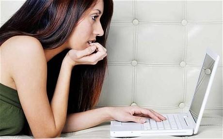 """Làm sao để """"cầm cưa"""" trên mạng xã hội"""