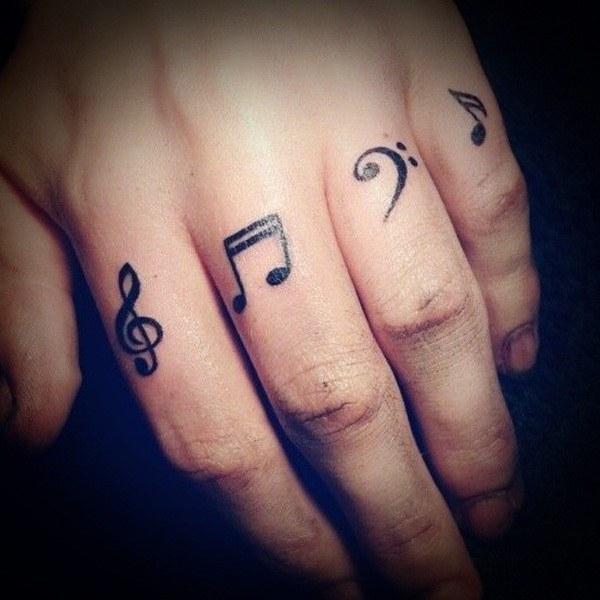 Đáng yêu hình xăm dành cho những người yêu âm nhạc