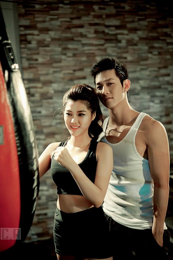 """Diễn xuất cùng Song Luân trong MV """"Tạm chia tay"""" là diễn viên Tiffany Chou."""