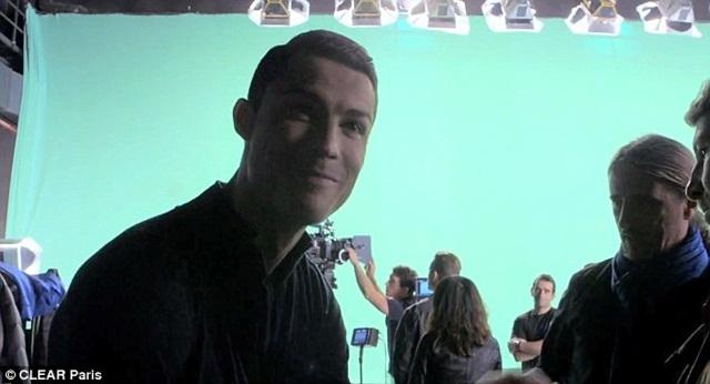 [Bóng Đá] CR7 độc đáo trong clip quảng cáo mới