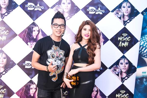 Hoàng Rapper đảm nhận vai trò MC trong buổi họp báo của DJ Ngọc Anh