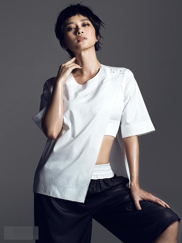 Là một nữ diễn viên nổi tiếng và được đánh giá có gu thời trang đẳng cấp nhất nhì làng giải trí Việt, Ngô Thanh Vân là gương mặt được nhiều tạp chí lớn trong nước săn đón. - Tin sao Viet - Tin tuc sao Viet - Scandal sao Viet - Tin tuc cua Sao - Tin cua Sao
