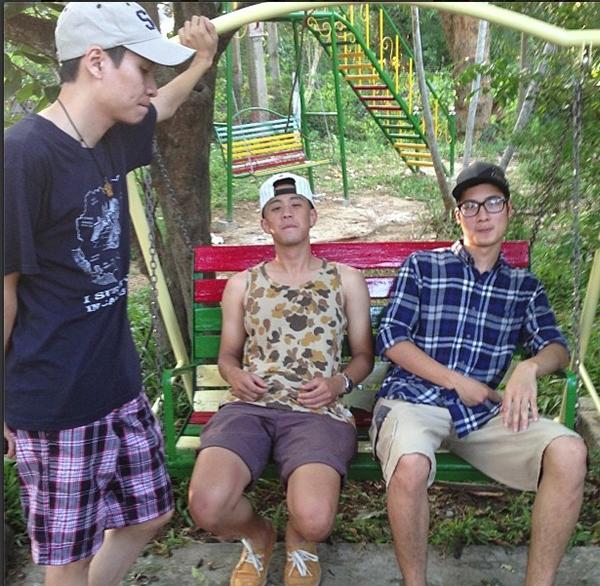 """""""Ba chàng ngự lâm"""" Toàn Shinoda, JVevermind, Huyme đã từng cùng nhau lái xe đi du lịch bụi để làm một vlog nói về vẻ đẹp của vùng đất và con người miền Trung - một trong những vlog được quan tâm, ủng hộ nhất."""