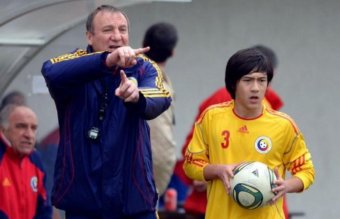 Florentin Phạm Huy Tiến trong màu áo Steaua Bucharest. Ảnh: SBF
