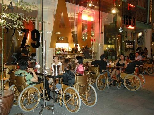 Những quán bar độc đáo trên thế giới