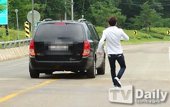 Shindong sẽ nhập ngũ ngay sau khi Leeteuk vừa xuất ngũ?