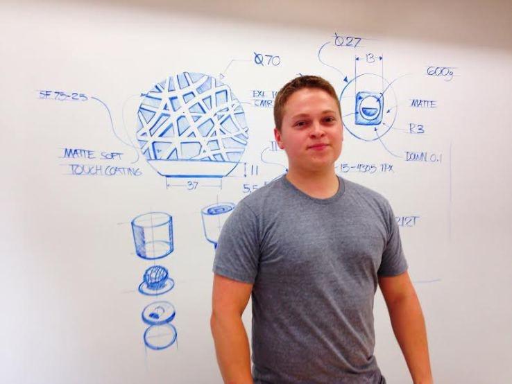 James Proud người sáng tạo thiết bị thông minh Sense