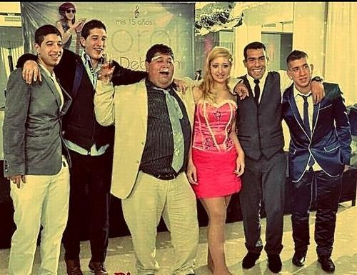 Một bức ảnh của gia đình Tevez