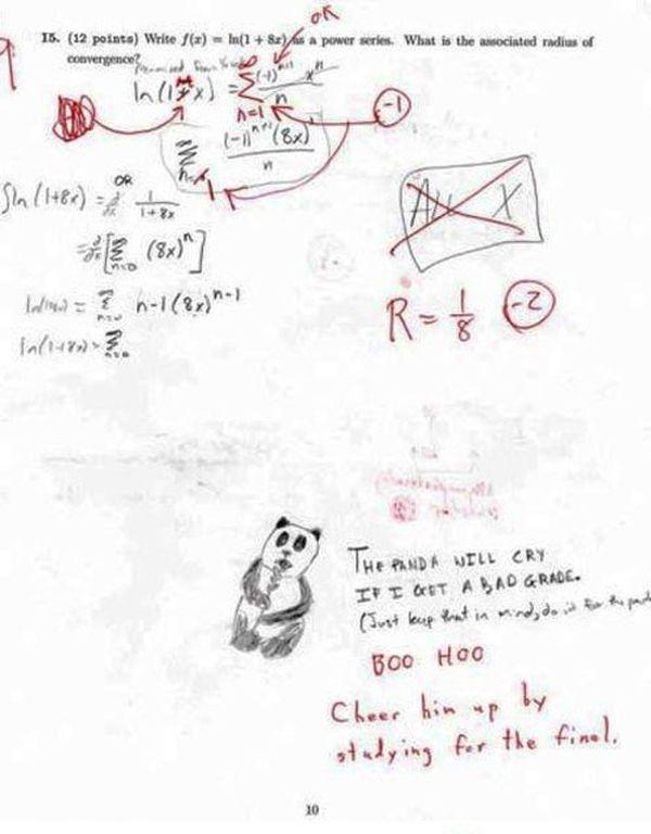 Học sinh: Chú gấu trúc này sẽ khóc và rất buồn nếu em bị điểm kém cô ạ!