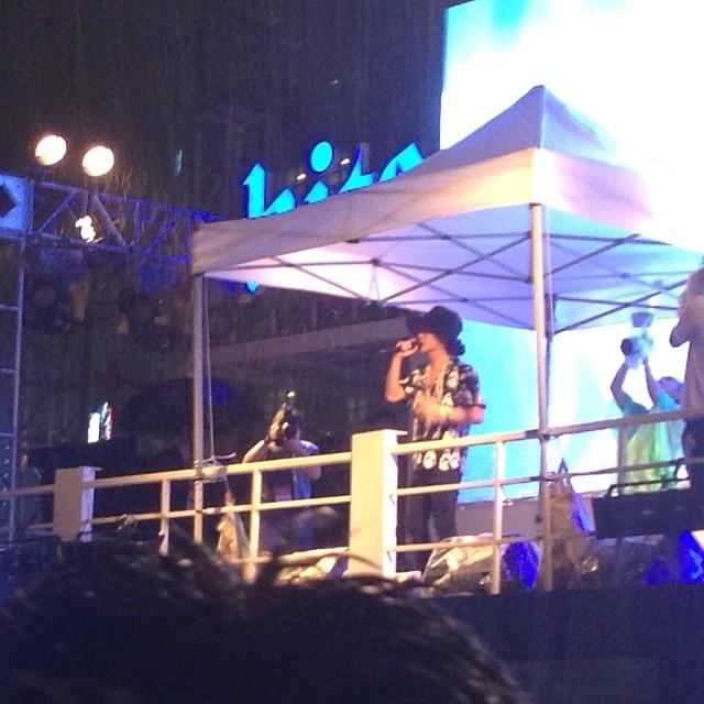 Một số hình ảnh của G-Dragon trong sự kiện tối nay 2/8