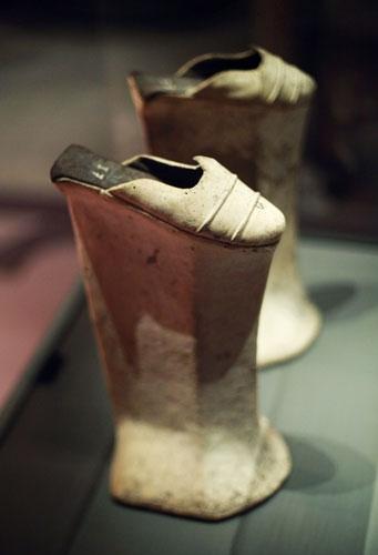 Những đôi giày kỳ lạ trên thế giới