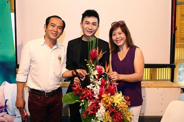 Sau thời gian hoạt động trong làng giải trí và đầu tư phần lớn những album nhạc Phật, Hùng Thanh có thời gian trải nghiệm và đổ dồn tâm huyết cho dự án đặc biệt này.