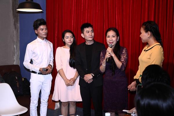 Để đầu tư album này, Hùng Thanh bỏ ra hơn 100 triệu đồng và thực hiện trong suốt nửa đầu 2014.