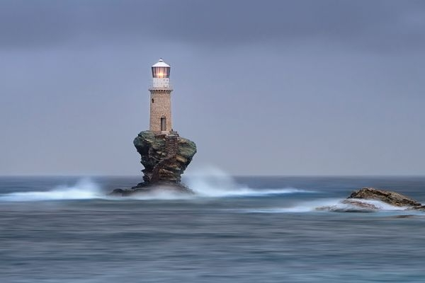 Ngọn hải đăng tại đảo Andros, Hy Lạp