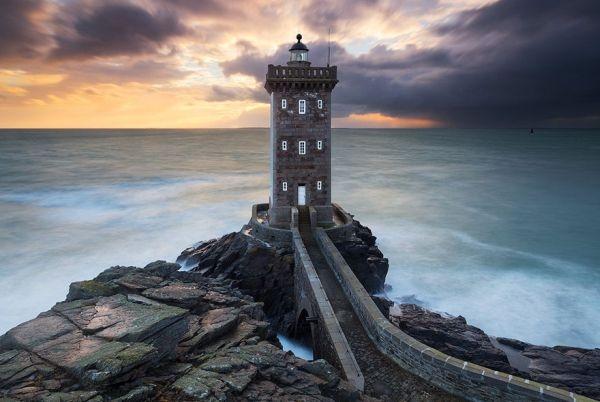 Ngọn hải đăng Kermorvan, Bretagne, Pháp