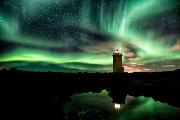 Ngọn hải đăng Aurora-Filled Sky, Ai-len