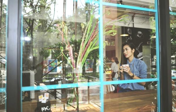 Không chỉ chia sẻ trong đời riêng, họ còn hết lòng giúp đỡ nhau trong công việc kinh doanh. Minh Anh cũng đã có những tư vấn nhiệt tình cho Tăng Thanh Hà trong việc mở nhà hàng bởi chị có nhiều kinh nghiệm trong lĩnh vực này. - Tin sao Viet - Tin tuc sao Viet - Scandal sao Viet - Tin tuc cua Sao - Tin cua Sao