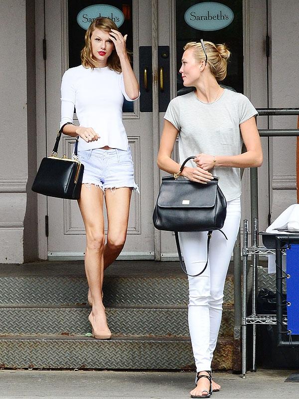 """Ấn tượng với thời trang của """"bạn chung nhà"""" với Taylor Swift"""
