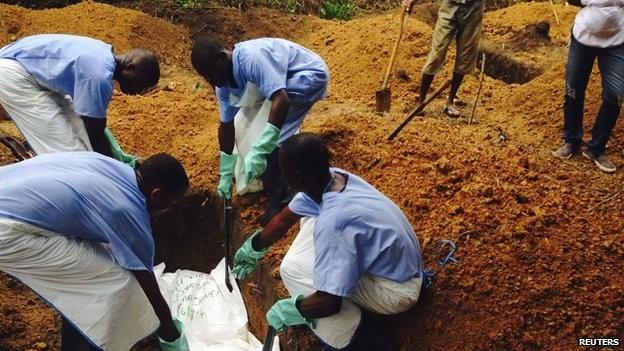 WHO chính thức công bố phương pháp phòng tránh Ebola