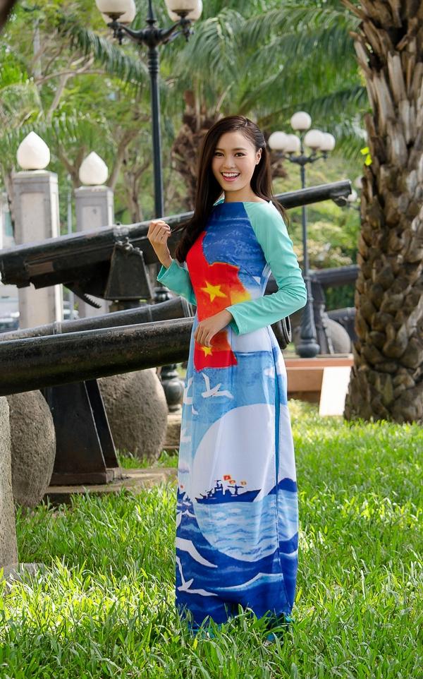"""Với hình ảnh không scandal cũng như có một trái tim nhân hậu, Ninh Dương Lan Ngọc tự tin đảm nhận vai trò Gương mặt đại sứ cho quỹ thiện thiện """"BST – Kết nối nụ cười trái tim""""."""