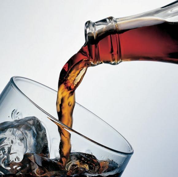 """Những tác dụng """"đáng gờm"""" của Coca"""