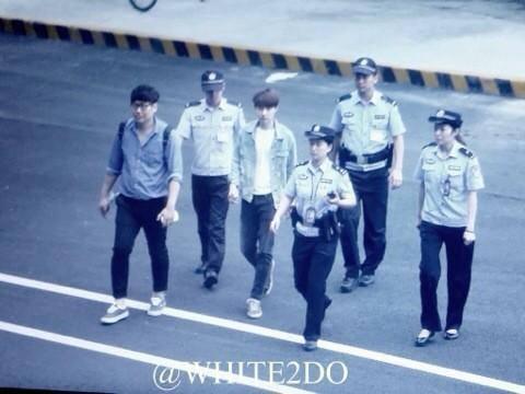 Nhân viên của EXO bị tố có hành vi thô bạo ở sân bay Trung Quốc