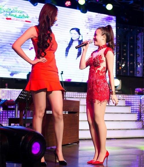 Lật tẩy chiều cao thật của mỹ nhân Việt khi đứng cạnh nhau