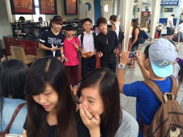 [YAN Chat] La Thăng gấp rút rời Đà Nẵng về để chuẩn bị cho YAN Chat - Tin sao Viet - Tin tuc sao Viet - Scandal sao Viet - Tin tuc cua Sao - Tin cua Sao