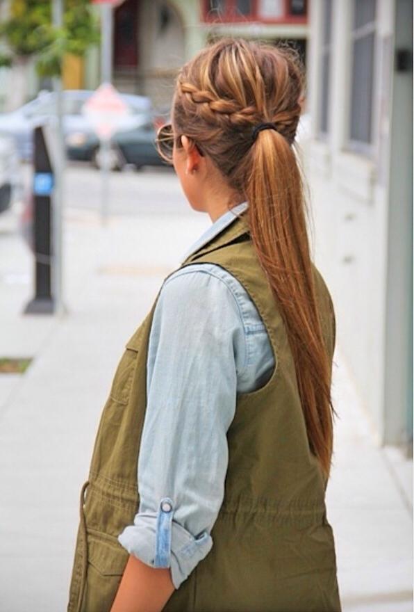 """Những kiểu tóc đi biển """"an toàn"""" nhất"""