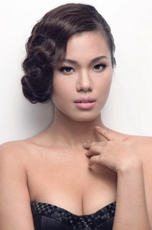 Ngắm các sao Việt dịu dàng hơn cùng lông mày cánh cung.