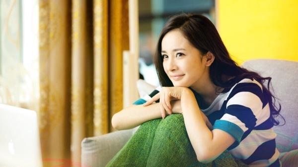 Fan mừng hụt vì Dương Mịch bỏ phim ở nhà chăm con
