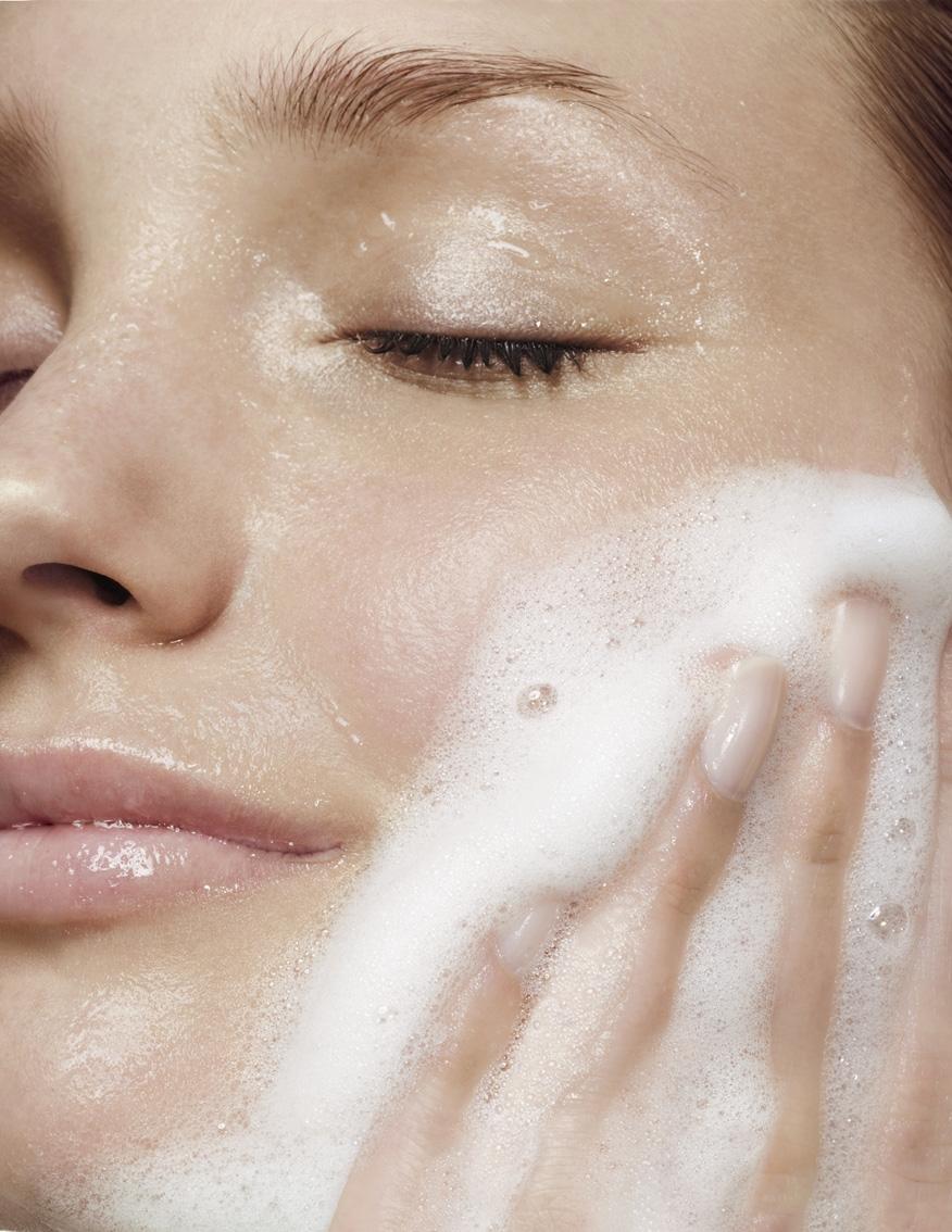 5 bước rửa mặt nâng tông da trắng sáng