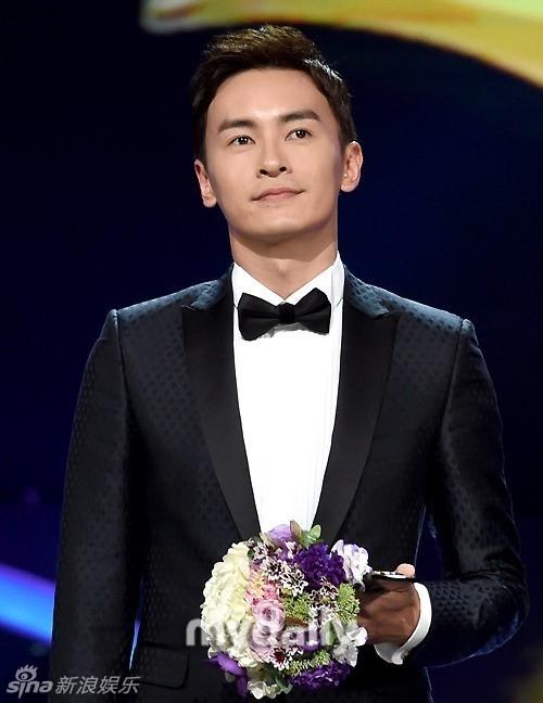 Trịnh Nguyên Sướng, Hồ Ca nhận thưởng ở Hàn, Lâm Y Thần được khen 'vượng phu'