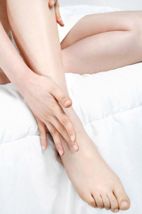 Tuyệt chiêu giúp thon đùi gọn chân cho các nàng bận rộn