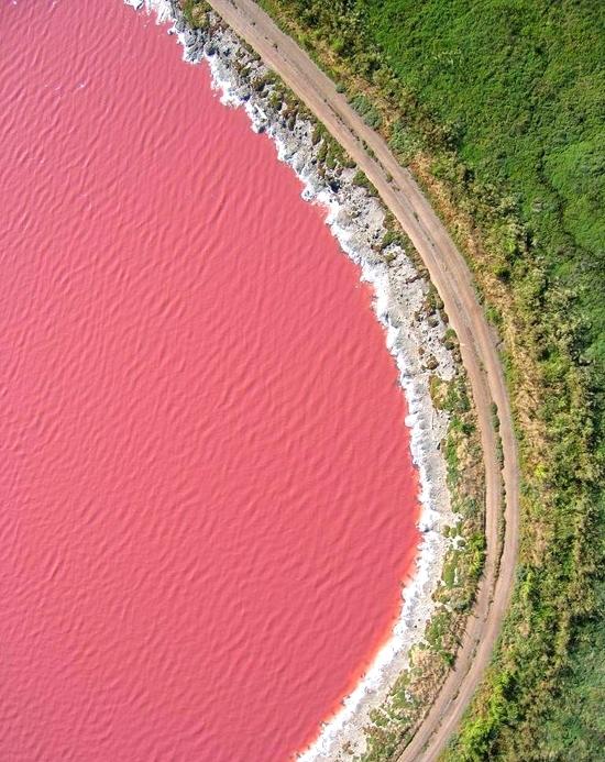 Những kỳ quan màu hồng tuyệt đẹp trên thế giới