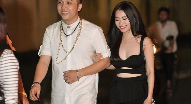 Yanbi bất ngờ công khai người yêu mới xinh như hotgirl