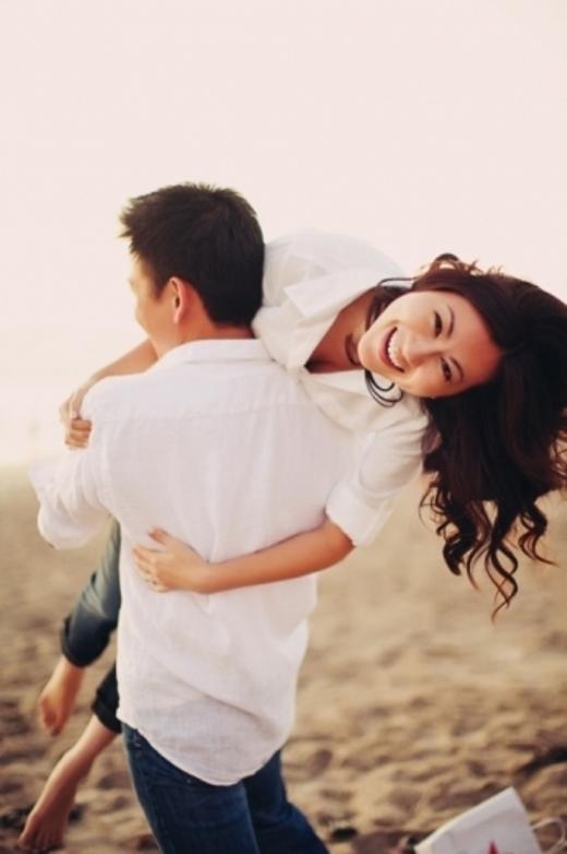 Những tư thế chụp hình đáng yêu cho các cặp đôi