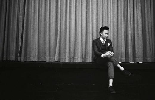 Là một trong những nam ca sỹ đắt show nhất hiện nay trên thị trường âm nhạc, nhưng Dương Triệu Vũ chọn lựa phong cách sống giản dị. - Tin sao Viet - Tin tuc sao Viet - Scandal sao Viet - Tin tuc cua Sao - Tin cua Sao