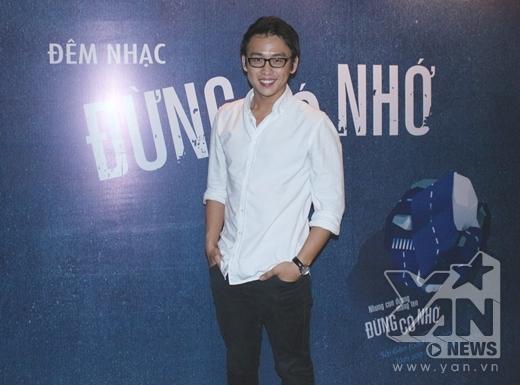Chàng VJ điển trai Quang Bảo chịu trách nhiệm làm MC chính của đêm nhạc. - Tin sao Viet - Tin tuc sao Viet - Scandal sao Viet - Tin tuc cua Sao - Tin cua Sao