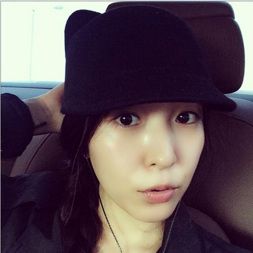 """BoA khoe hình mặt mộc siêu dễ thương với nội dung: """"Nagoya, tôi đang đến dây, hẹn các bạn ngày mai nhé"""""""