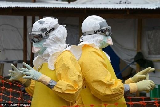Máu người chữa Ebola trở thành cơn sốt ở chợ đen