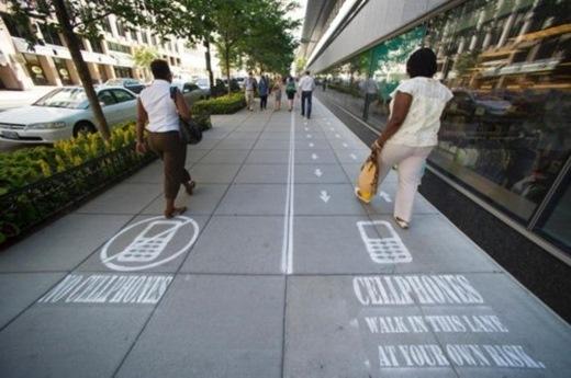 Khai trương đường dành cho dân nghiện điện thoại