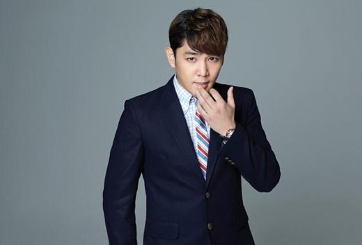 Kang In nhận được nhiều hình của Suzy khi trong quân ngũ