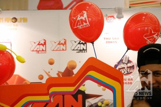 YAN là đơn vị đồng hành cùng các hoạt động của Mickey và Goofy tại Việt Nam. Xuất hiện trong buổi giao lưu chiều qua tại Crescent Mall là VJ Nam Hee.